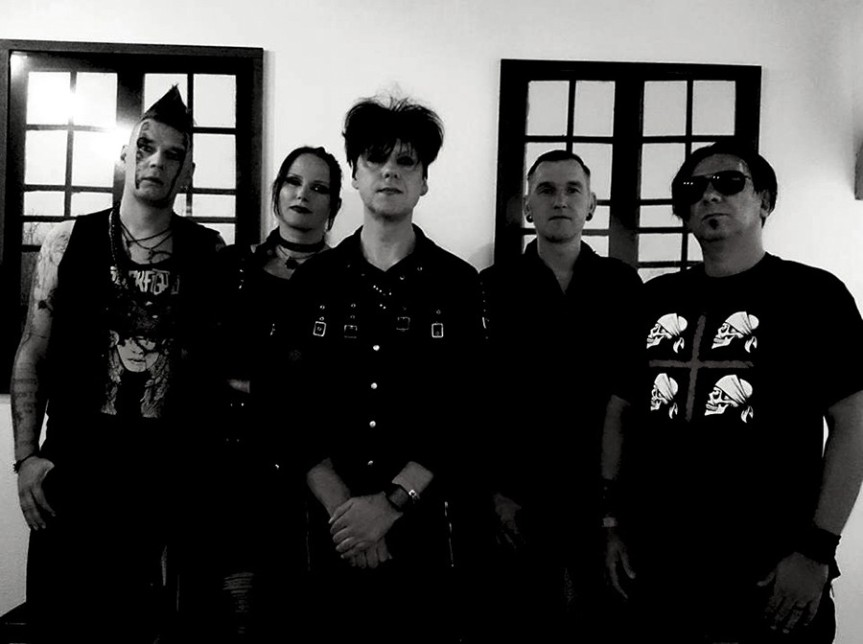 A day – Clan of Xymox