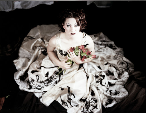 Runs in the family – Amanda Palmer