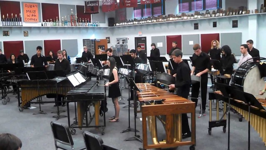 Ma Meeshka Mow Skwoz – Plano Senior High Percussion Ensemble