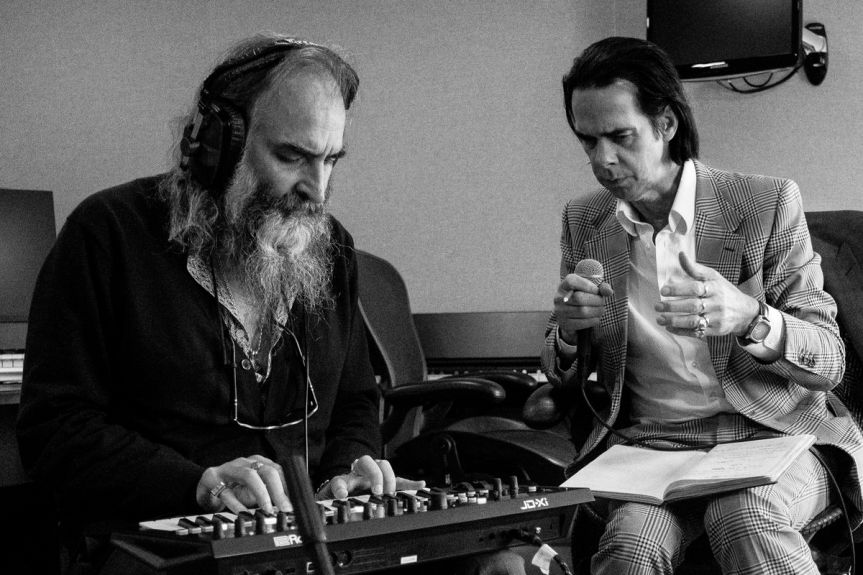Hand of God – NICK CAVE & WARREN ELLIS